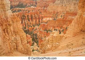 Canyon Bryce look into valley