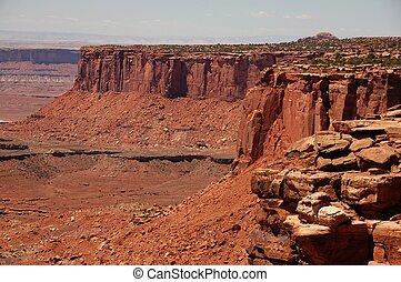 Canyonland Erosion. The Foundation of Utah's Canyonlands' ...