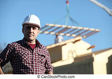 capataz, supervisionando, construção, de, casa