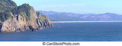 Cape Falcon viewpoint Oregon coast panorama. - Cape Falcon...
