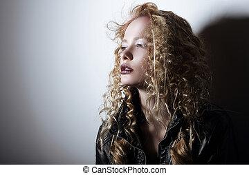 capelli, ritratto, donna, frizzy, giovane