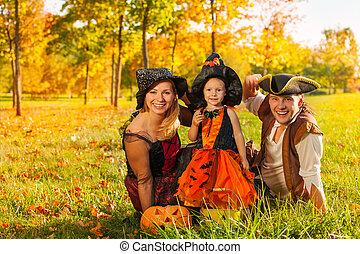capim, dia das bruxas, trajes, família, sentando