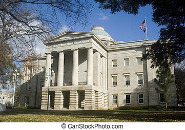 Capitol Building Raleigh North Carolina - State Capitol...