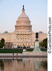Capitol, Washington DC - Capitol Hill at sunset, Washington ...