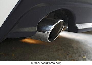 Car muffler