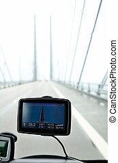Gps navigation on front window