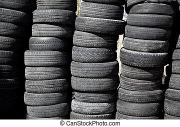 car, pneus, pneus, empilhado, em, filas