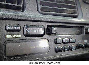 Car radio - All-focus
