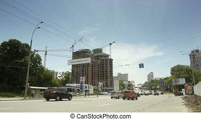 Car traffic in Kiev