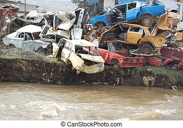 car wreck, pollution