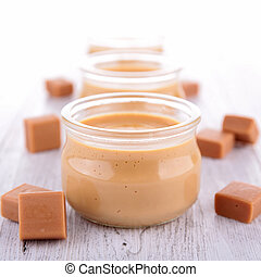 caramel cream dessert