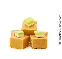 Caramel fudge and vanilla candy