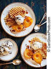 Caramelized pears with  ice-cream