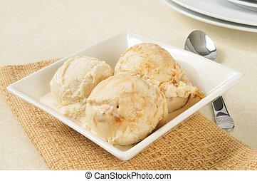 caramelo, sorvete