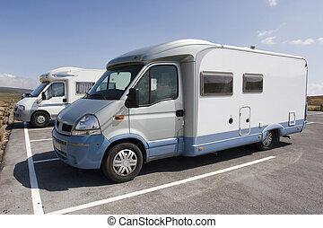 Caravans - Background:camping-car / Caravan at the campsite