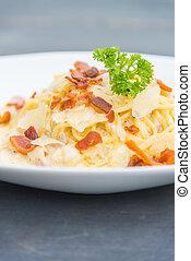Carbonara spaghetti - selective focus point