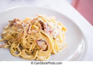 Carbonara - Tasty dish of carbonara pasta.