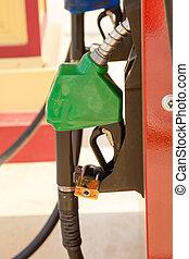 carburant, lance