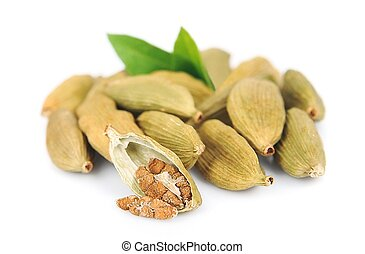 Cardamom pods with leaves