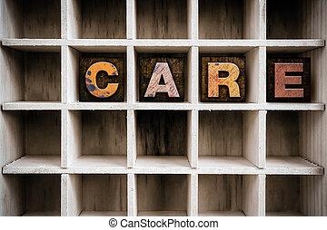 care, concept, houten, letterpress, type, in, trekken