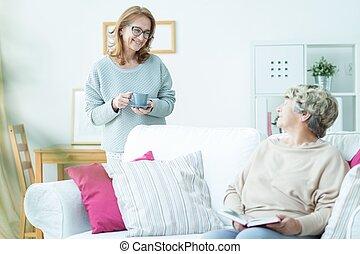caregiver, pensionato, invecchiato, sorridente
