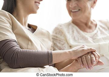 caregiving, alatt, a, öregek otthona