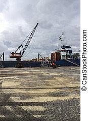 cargaison, grue, chargement, bateau