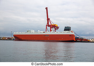 Cargo ship and containers