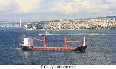 Cargo ship sails in to Marmara Sea