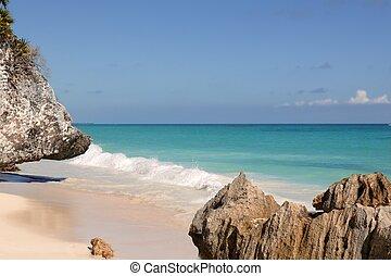 Caribbean turquaise sea view in Tulum Mexico