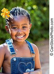 carino, africano, ragazza, con, fiore, in, hair.