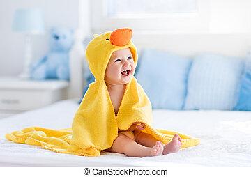 carino, asciugamano, secondo, giallo, bagno, anatra, bambino