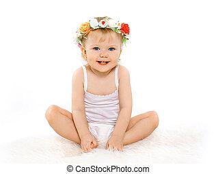carino, bello, biondo, ragazza bambino, con, ghirlanda floreale, su, suo, testa