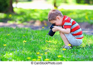 carino, fiori, fotografare, capretto, ragazzo