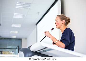 carino, giovane, donna affari, dando presentazione