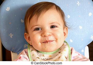 carino, mangiare, cereale, bambino, ragazza sorridente