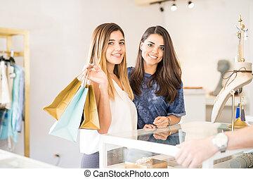 carino, ragazze, shopping, insieme