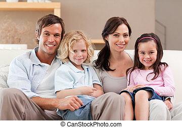 carino, televisione, famiglia, insieme, osservare