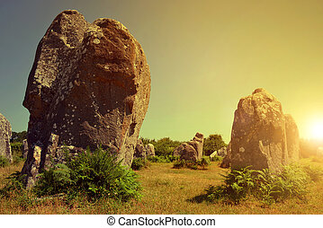 carnac, coucher soleil, menhirs