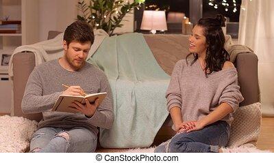 carnet croquis, sien, petite amie, maison, dessin, homme