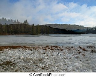 Carolina Lake in Winter