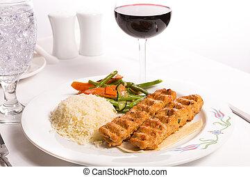 carote, complimented, vite, verdura, un po', acqua ghiaccio, adana, verde, servito, kebap, pollo, riso, rosso, pilaf
