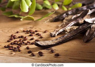 caroube, graines, boîtiers