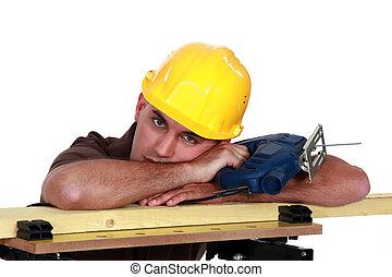 carpenter., עייף