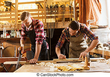 professional carpenters