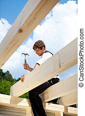 carpentiere, lavorando, il, cima, di, il, struttura tetto