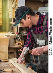 carpintero, trabajando, con, un, cincel