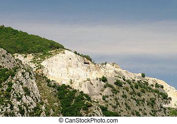 Carrara  marble stone pit 06