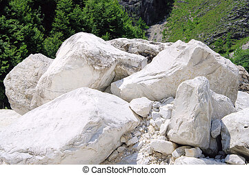 carrara  marble stone pit 08