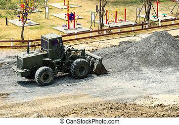 carregador roda, máquina, descarregando, areia, em, eathmoving, trabalhos, em, const